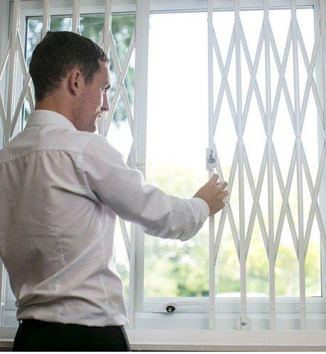 Retractable Window Security Grille Cardea